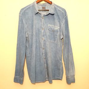 Levi's blue one pocket button up long sleeve shirt